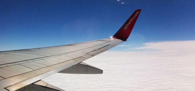 Airberlin Flugzeug über den Wolken