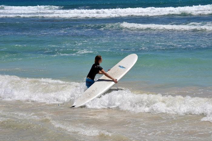 Wellenreiten auf Guadeloupe
