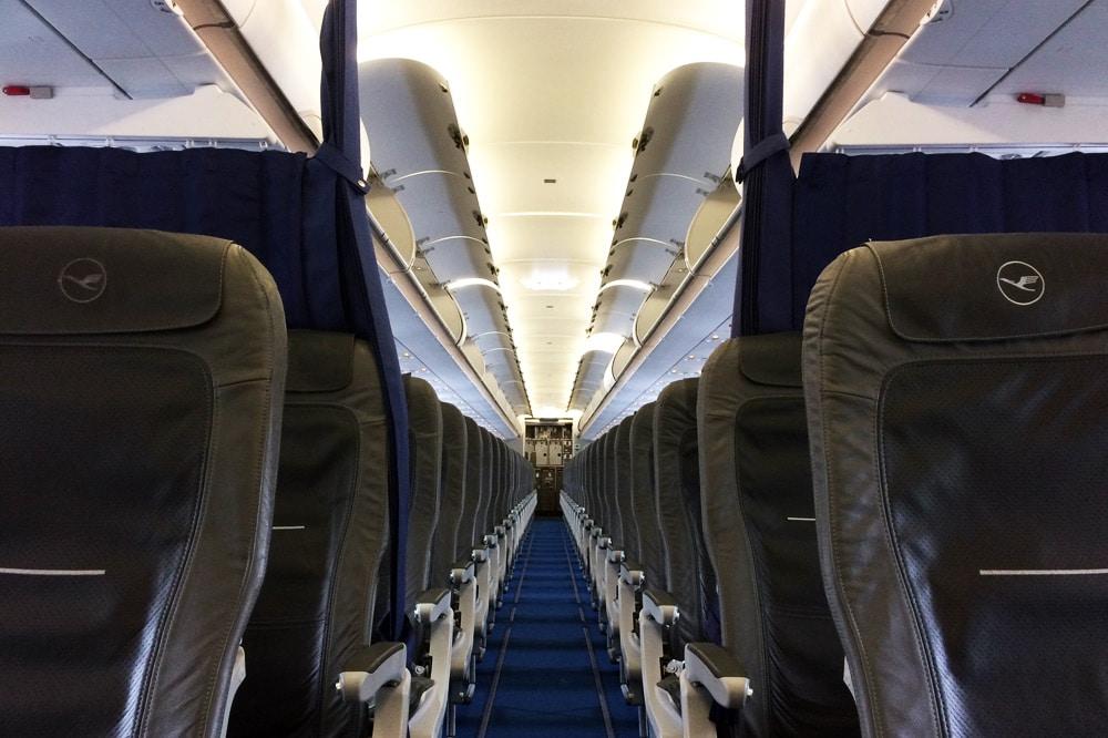 Leeres Flugzeug Innenraum Airbus 320 Lufthansa