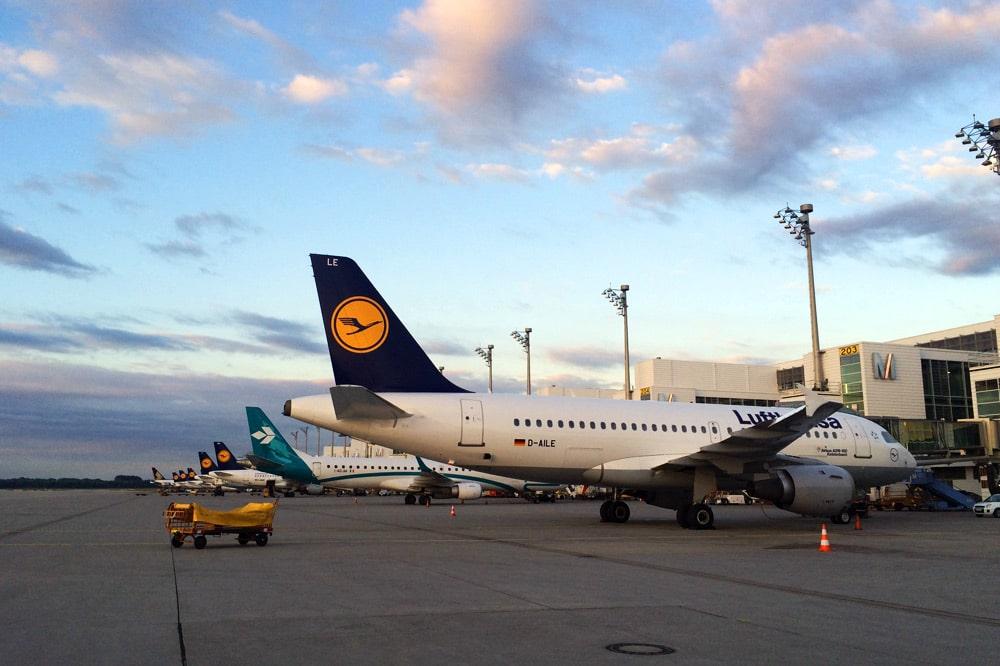 Lufthansa Flugzeug am Flughafen München