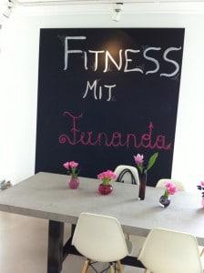 Fitness mit Fernanda Brandao im Deichman Loft