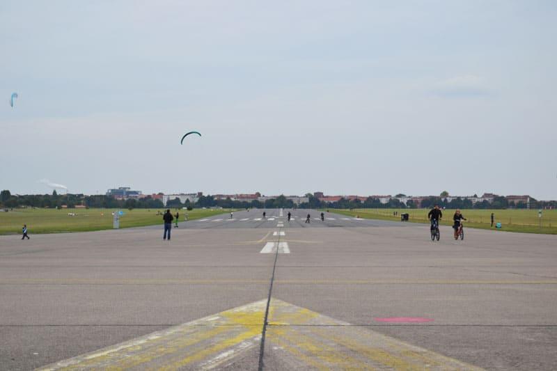 Kitelandboarding Berlin: Berlin Tempelhof