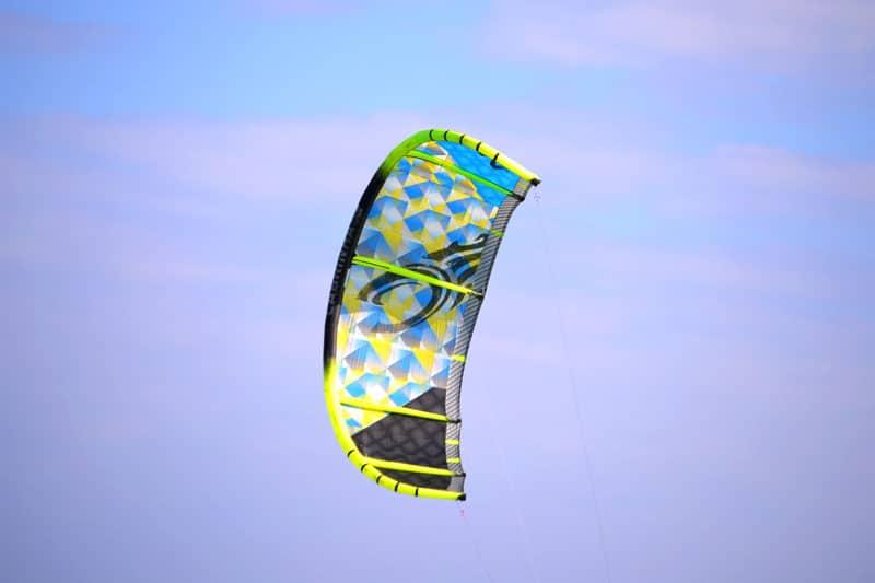 Kitesurfen auf Fuerteventura: Kite in der Luft