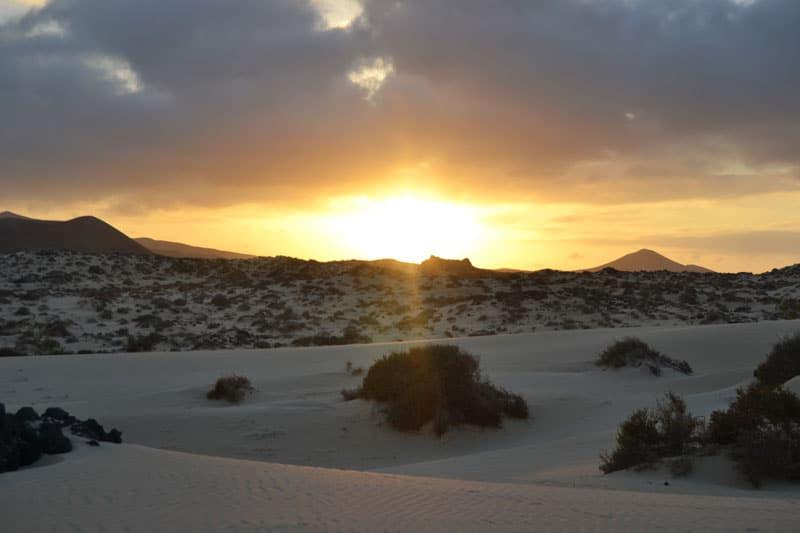 Sonnenuntergang über den Dünen von Corralejo, Fuerteventura