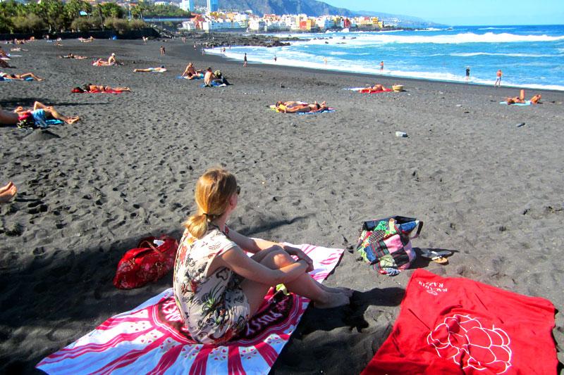 Am Strand von Puerto de la Cruz, Teneriffa