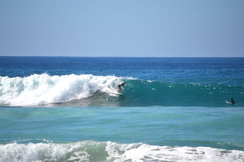Die richtige Surfschule finden: Surfen auf Fuerteventura