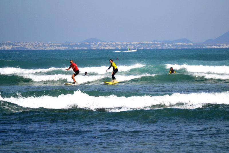 Surfen mit 7islandsurf auf Fuerteventura