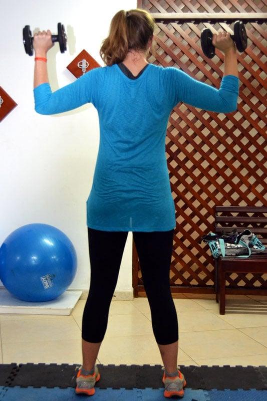 Fabletics Wonder Outfit im Produkttest im Fitnessstudio