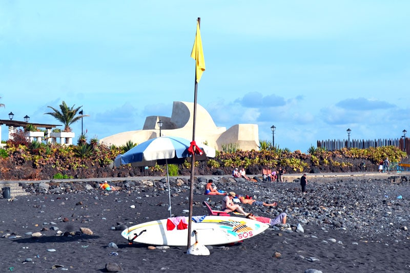 Surfen auf Teneriffa: Playa Martianez Surfstrand Puerto de la Cruz