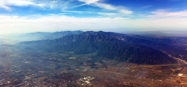 Blick aus dem Cockpit auf Los Angeles