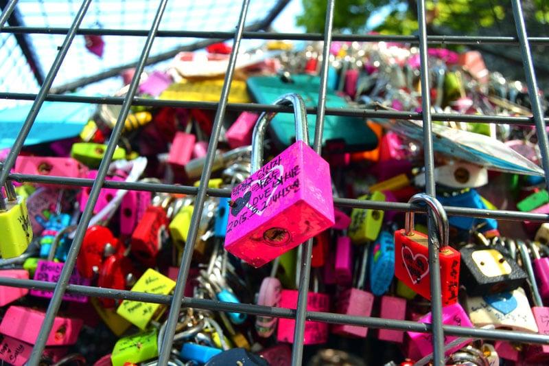 Liebesschlösser am Seoul Tower