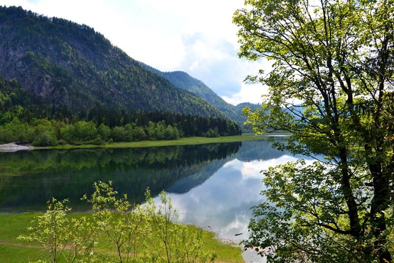 Weitsee in der Seenlandschaft Reit im Winkl in Bayern