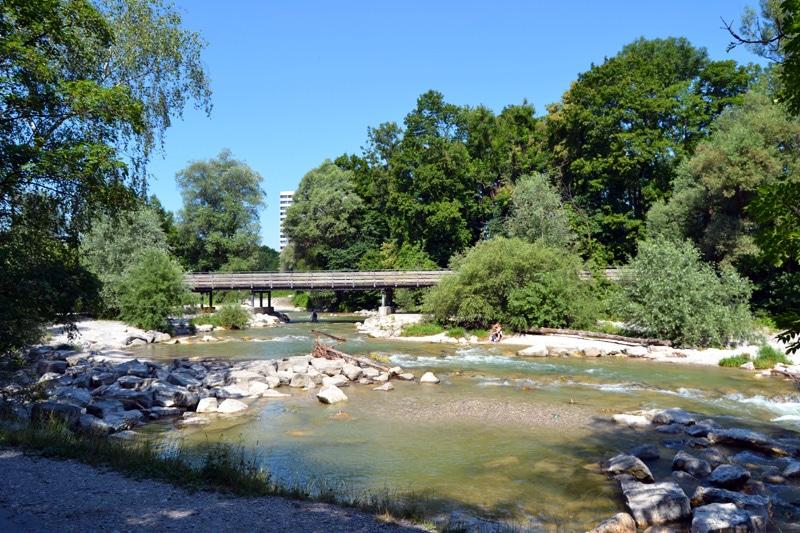 Badestellen an der Isar: Thalkirchen in München: Isarstrand am Flaucher