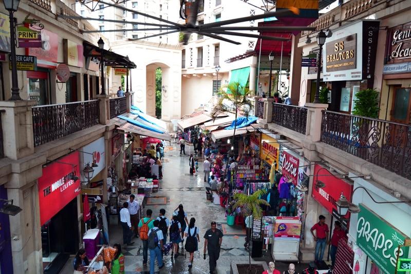 Mumbai Shopping Hiranandani Gardens
