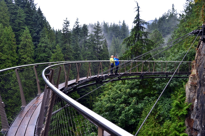Capilano Suspension Bridge Park Vancouver Cliffwalk