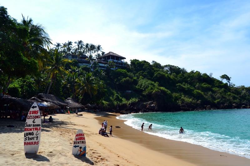 Carrizalillo Beach in Puerto Escondido, Surfschule