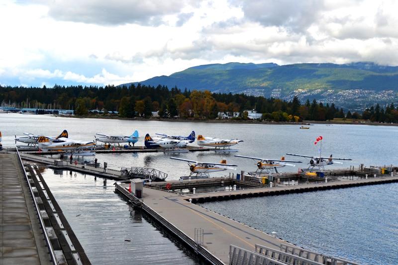 Flugzeit: Vancouver Wasserflugzeuge am Hafen