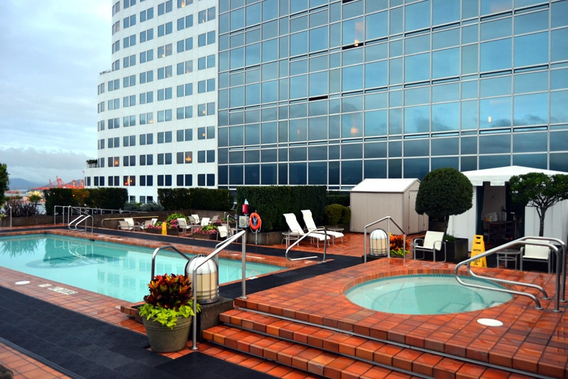 Rooftop Pool Pan Pacific Hotel in Vancouver