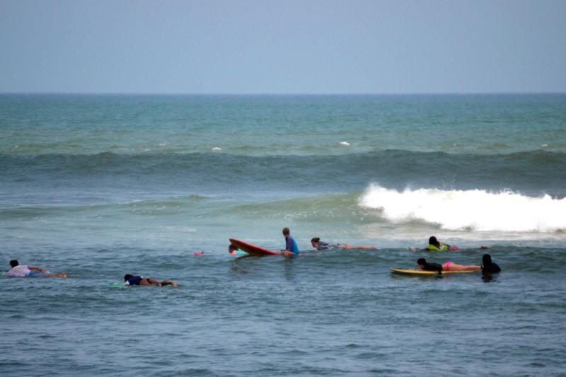 Echo Beach in Canggu, Bali: Longboard Welle Old Mens