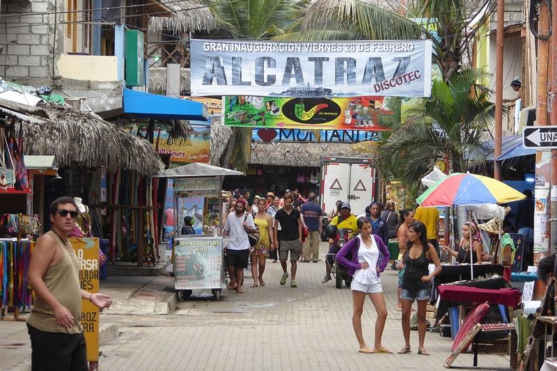 Silvester Reiseziele 2016: Montanita in Ecuador