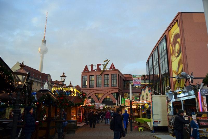 Berlin Weihnachtsmarkt am Alexanderplatz