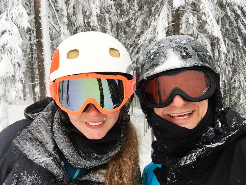 Skifahren im Skiliftkarussell Winterberg im Sauerland