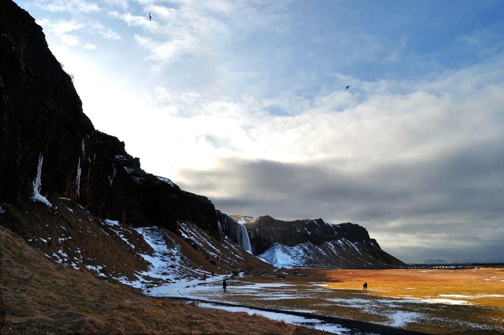 Island Südküste: Seljalandsfoss am Ejafjallajökull