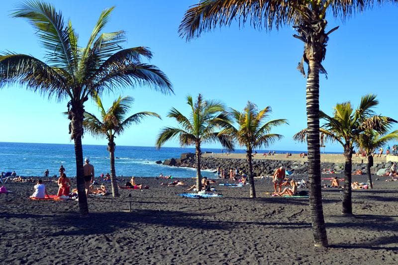 Playa Jardin Sandstrand in Puerto de la Cruz auf Teneriffa