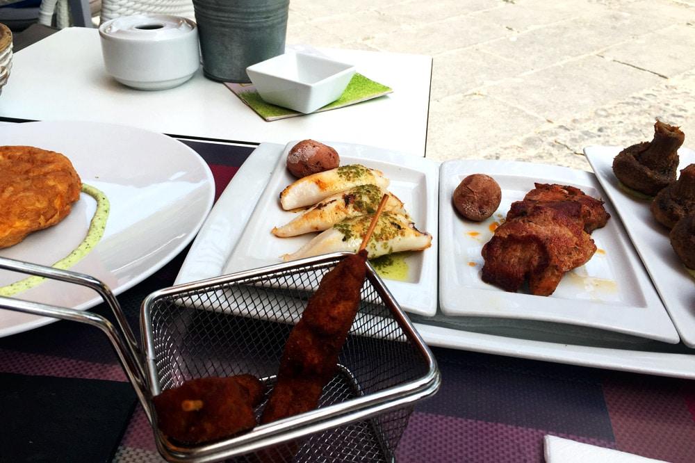 Tapas essen in Puerto de la Cruz auf Teneriffa