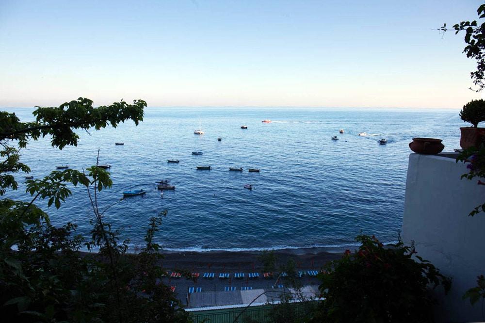 Blick aus dem Hotelzimmer in Positano, Amalfiküste Italien