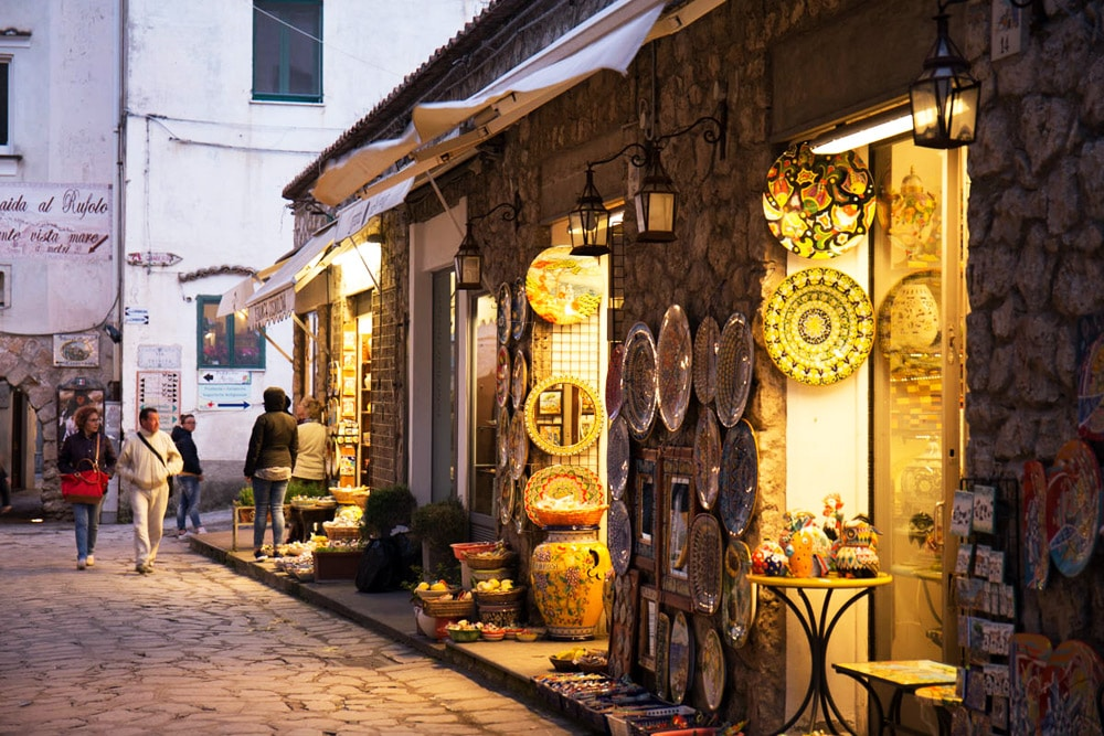 Straße in Ravello, Amalfiküste Italien