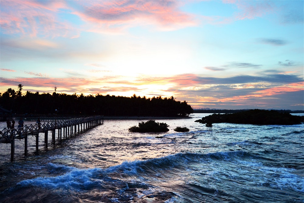 Siargao Sonnenuntergang Cloud 9 Boardwalk Surfspot