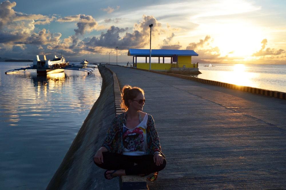 Siargao Santa Monica Pier zum Sonnenuntergang - Philippinen