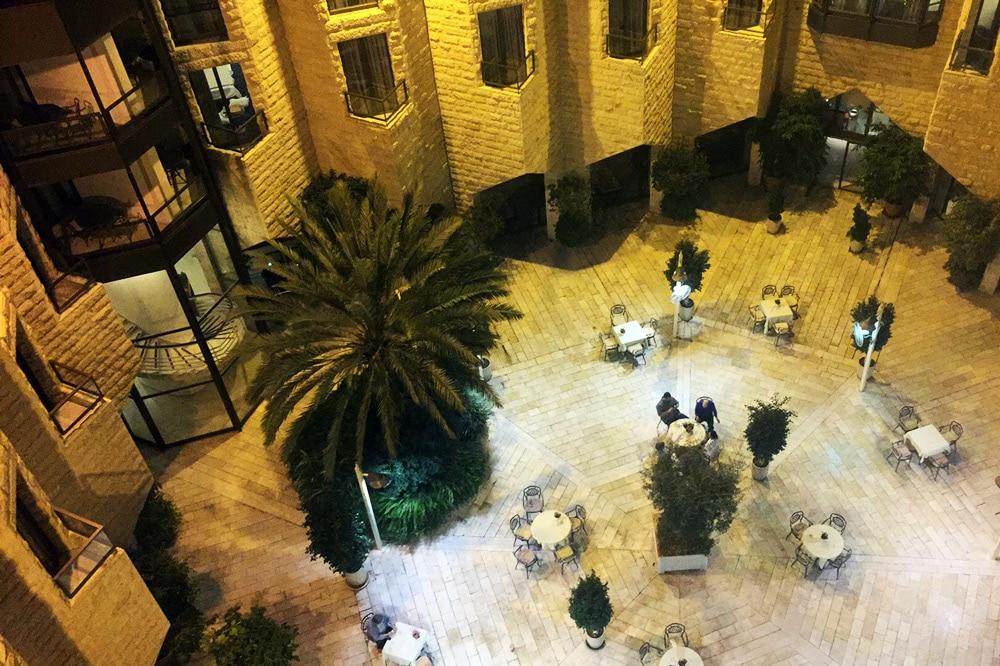 Inbal Hotel Jerusalem Innenhof