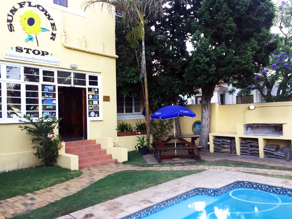 A Sunflower Stop Hostel Kapstadt Pool