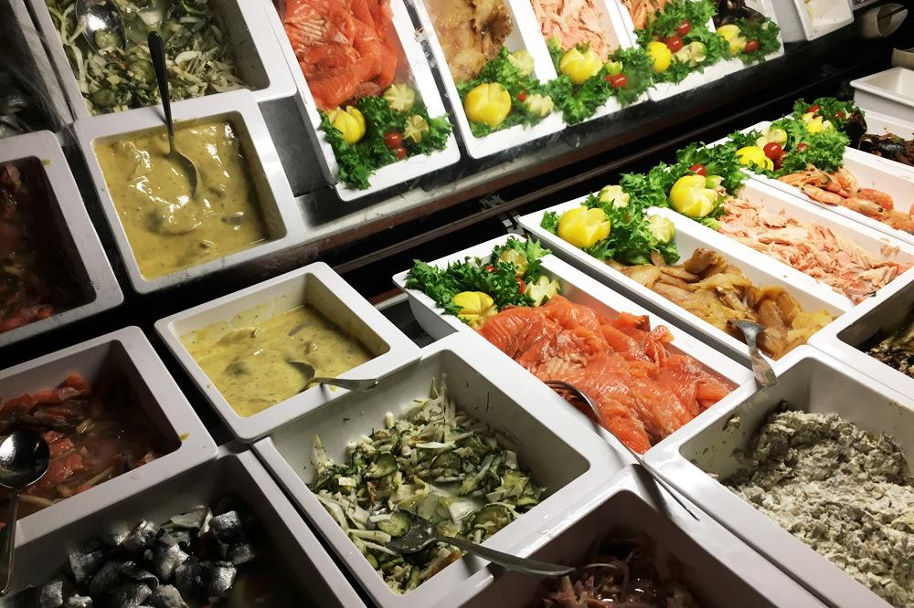 Pihvipirtti Steakhouse in Levi, Lappland: Fisch Vorspeisen Buffet