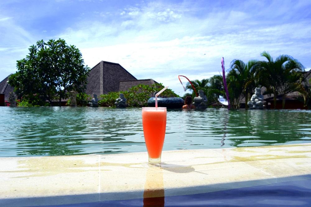 Sahaja Sawah Resort Bali Erfahrungsbericht: Infinity Pool