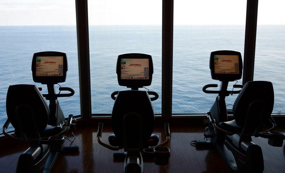 Norwegian Epic Erfahrungen: Fitness Kurse, Yoga und Fitnessstudio