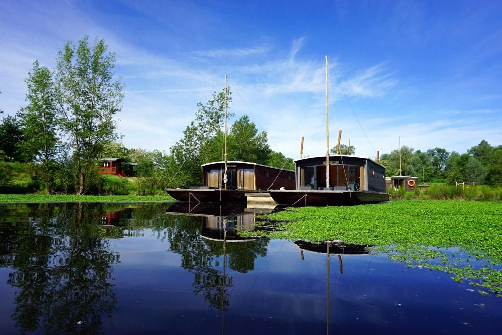 Frankreich Roadtrip: La Toue Cabanee Hausboot in der Region Bourgogne Franche Comte - Burgund