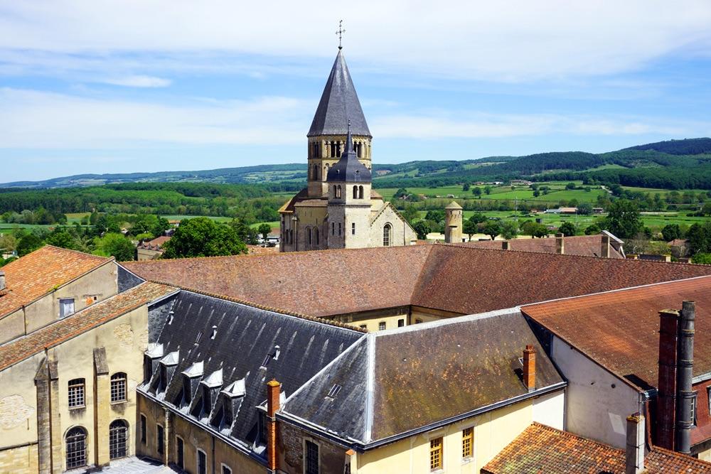Frankreich Roadtrip: Cluny Aussicht vom Tour des Fromages auf die Abtei