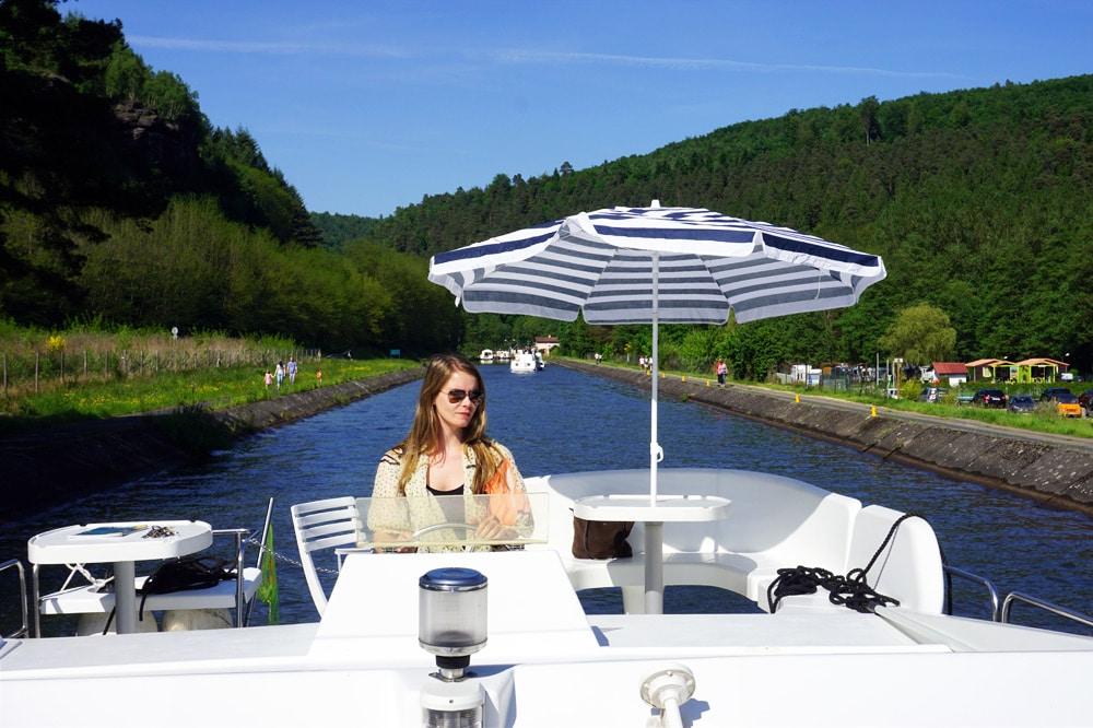 Frankreich Roadtrip: Locaboat Hausboot Urlaub in den Vogesen - Lutzelbourg