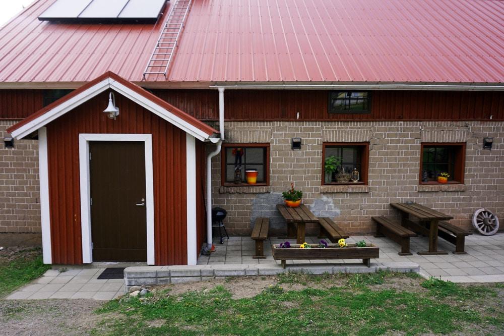 Tuhannen Tarinan Talo - Haus der tausend Märchen: Bed and Breakfast in Südkarelien, Finnland - mit Rauchsauna und Streichelzoo