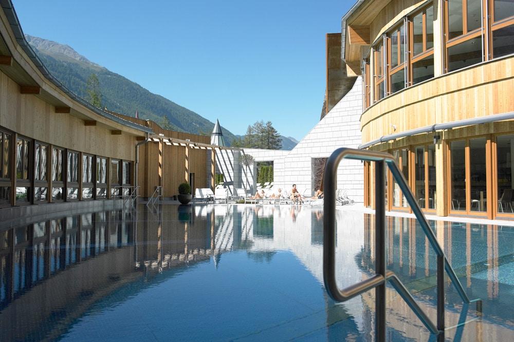 Aqua Dome Längenfeld Wellnesshotel und Thermenhotel - Sauna Landschaft