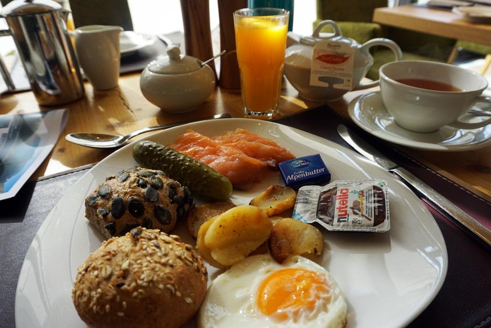 Aqua Dome Längenfeld Wellnesshotel und Thermenhotel - Frühstück
