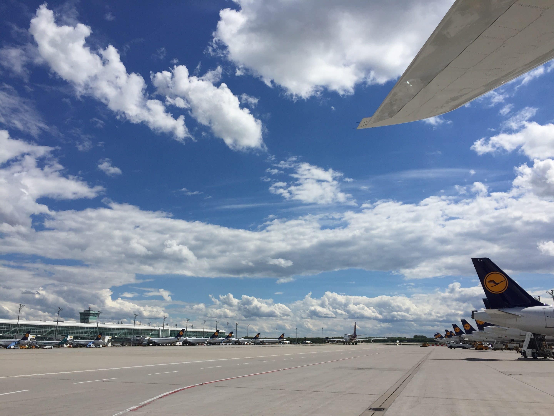 50 Fragen rund um das Thema Fliegen und Flugbegleiter