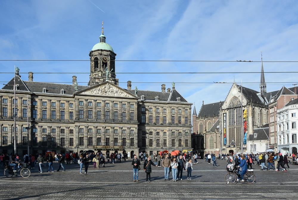 Die erste Flusskreuzfahrt mit der A-Rosa Silva auf dem Rhein. Mein Erfahrungsbericht und die Highlights von Holland und Belgien - Landgang, Sightseeing und Sehenswürdigkeiten in Amsterdam