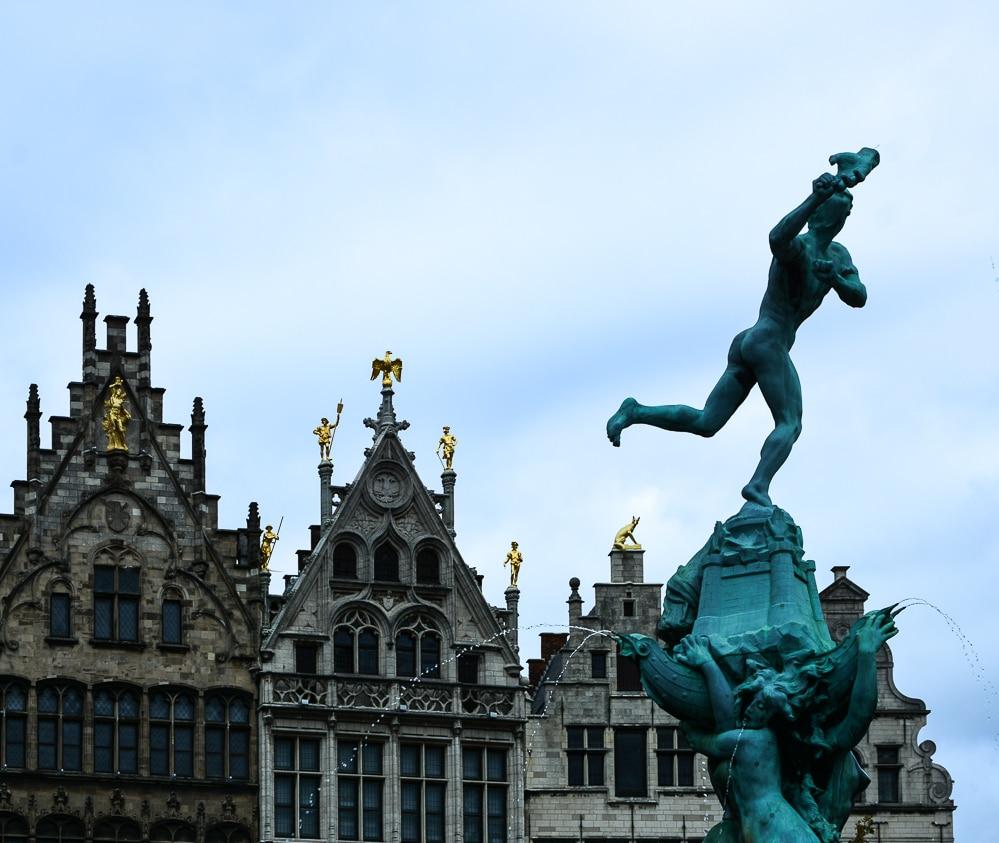 Die erste Flusskreuzfahrt mit der A-Rosa Silva auf dem Rhein. Mein Erfahrungsbericht und die Highlights von Holland und Belgien - Landgang, Sightseeing und Sehenswürdigkeiten in Antwerpen
