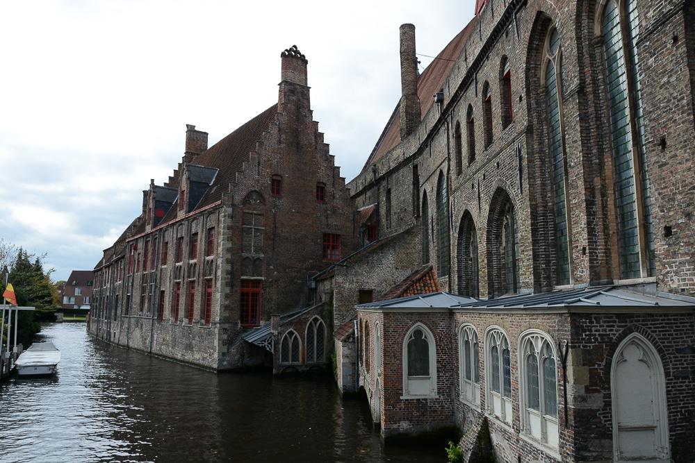 Die erste Flusskreuzfahrt mit der A-Rosa Silva auf dem Rhein. Mein Erfahrungsbericht und die Highlights von Holland und Belgien - Landgang, Sightseeing und Sehenswürdigkeiten in Brügge