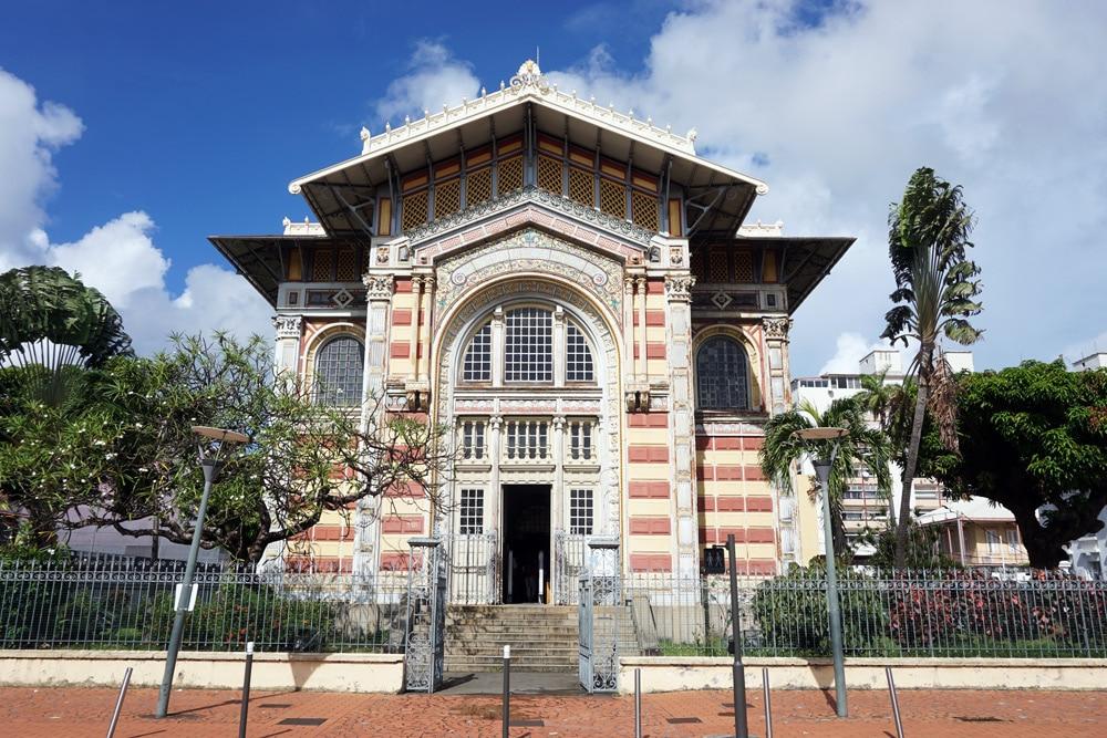 Sightseeing und Sehenswürdigkeiten in Fort-de-France, Martinique: Bibliothèque Schœlcher