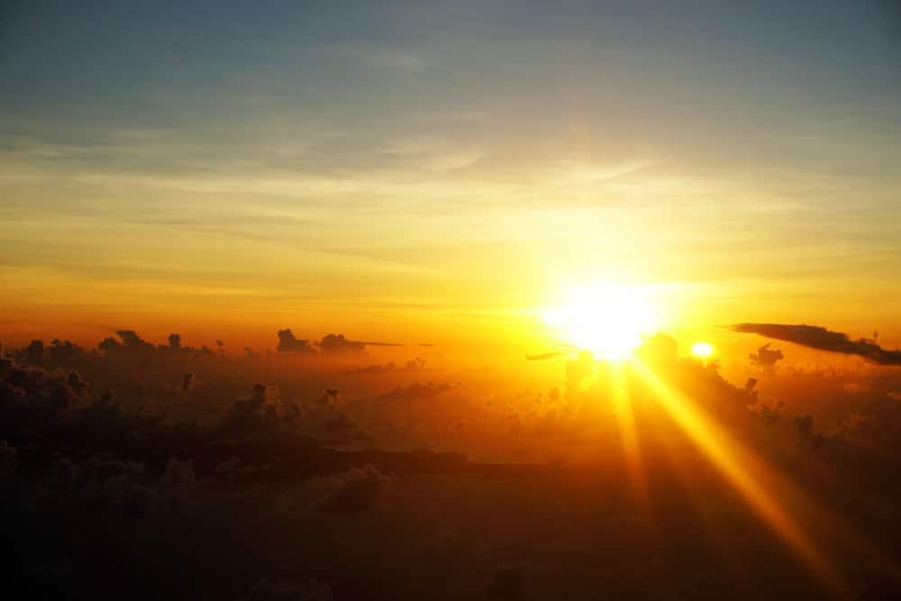 Condor Flug von Martinique nach München zum Sonnenuntergang